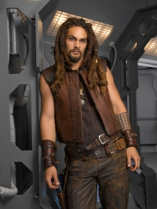 Jason Momoa as Ronon Dex on Stargate Atlantis. Photo by Matthias Clamer and copyright The Sci Fi Channel